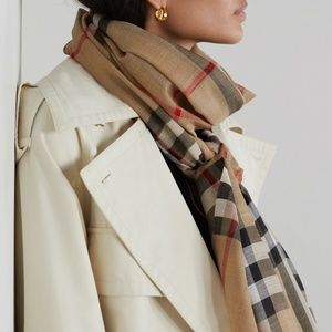 Burberry Light Weight Silk & Wool Scarf NWT